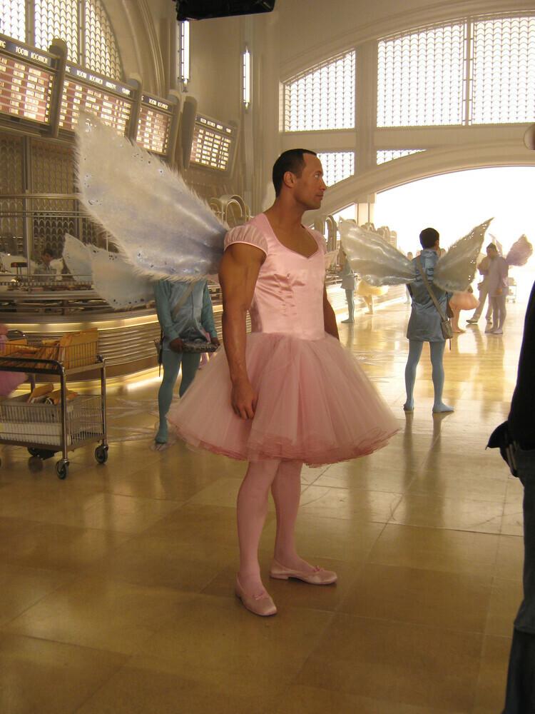 Dwayne Johnson Tooth Fairy Cast